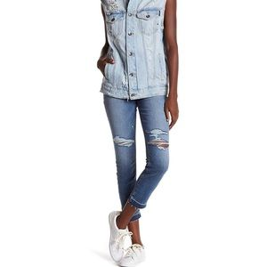 How's Jeans Distressed Crop Skinny Trish Jeans